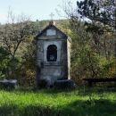 stara kapelica pri dvorih