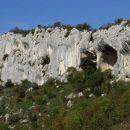 fascinantni kraški pojavi, stene so selišča ptic