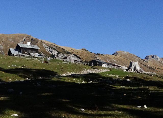 Planinski dom in planšarija na kofcah