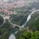 pogled na solkanski most s poti na sv. goro