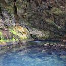 jezerce v votlini z izvirom potoka curak