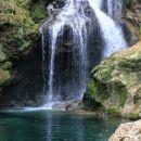 čudovit slap vintgarski šum je največji rečni slap v sloveniji
