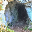 v temo bornovih tunelov...