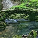 kamniti most, slikan v avgustu...