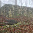 prvi zidovi nekdanje naselbine...