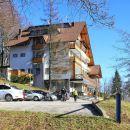 nekdanji zanemarjen almin dom je obnovljen in ponovno odprt pred 3 meseci
