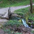 brv čez topli potok
