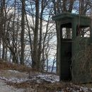 stara vojaška čuvajnica pod rtv stolpom