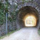 nekdanji železniški tunel