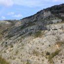 na drugi strani se na vrhu pečin vidi san lorenzo
