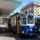 Prihod tramvaja na trg Oberdan v Trstu.