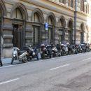 Značilen prizor na tržaških ulicah, kjer prevladuje prevoz s skuterji.