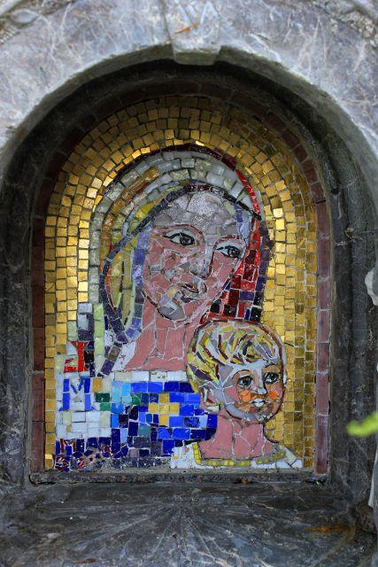 čudovit mozaik