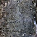 Tukaj je zmrznil 4. decembra 1761 Miha Gruden ….. naj počiva v miru.