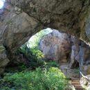 pod kamnitim mostom