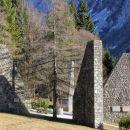 spomenik - nekdanje koncentracijsko taborišče ljubelj