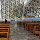 notranjost svetišča na Vejni...