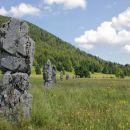 26 monolitov predstavlja 26 partizanov, ki so zmrznili med vojno...