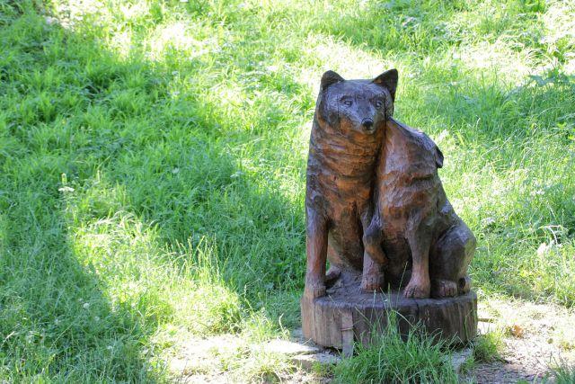 Lesene skulpture v fužinskem parku...