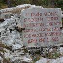 partizanski spomenik nad planino Ravne