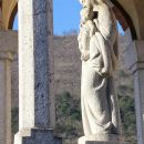detajl kapelice pred rojstno hišo Uršule Ferligoj v Grgarju