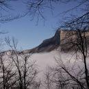odpre se pogled na Kuželjsko steno...