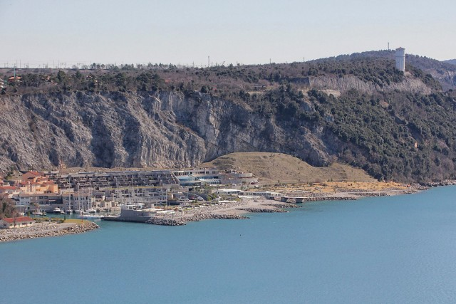 Turistično naselje portopiccolo pri sesljanu
