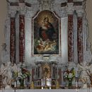 oltar v cerkvi na repentabru...