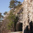 nekdanji železniški tunel...