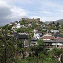 Slikovito mestece Jajce, zgrajeno na sotočju rek Vrbas in Pliva,