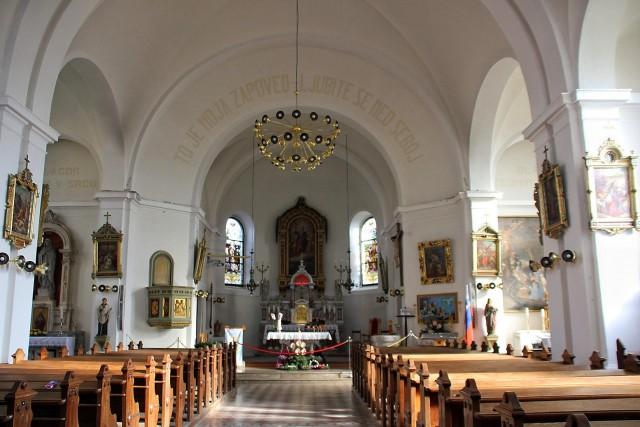 Notranjost cerkve sv. marjete...