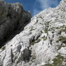 ob žlebu gor  potem pa po grebenu do vrha